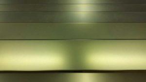 Doratura, doratura flash, doratura con vernice di protezione opaca su pressopiegati in lamiera di acciaio inox